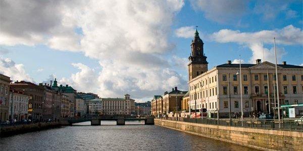 Platzer köper fastigheter för ca 800 miljoner i Göteborg
