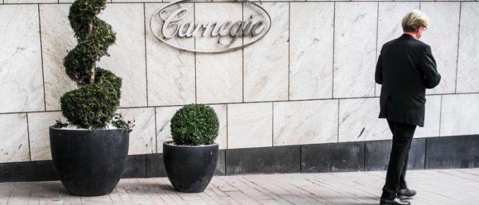 Carnegie - stämda på mångmiljonbelopp
