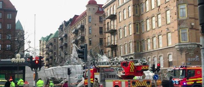Ställningsraset utreds – fasadfästen bortplockade