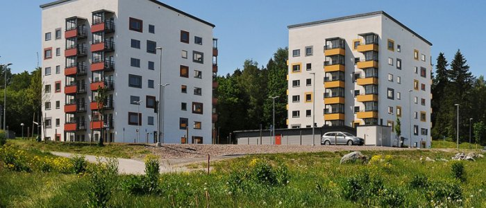 Rikshem köper bostäder av Peab