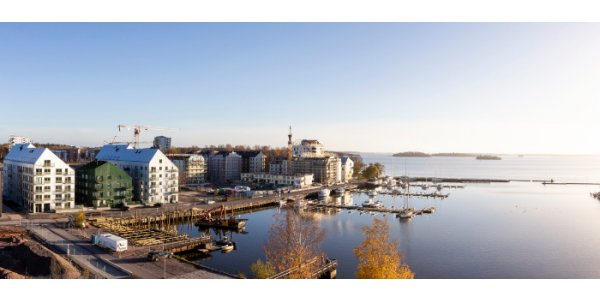 Sveriges största plusenergihus invigs