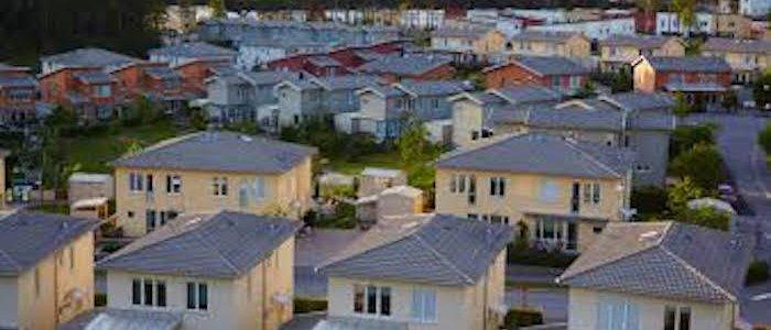 Huspriserna tre procent högre