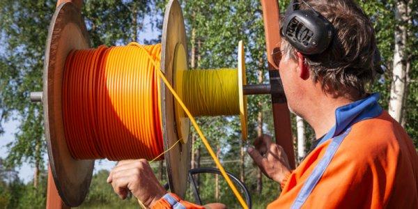 Byggbolag dukar under efter fiber-racet