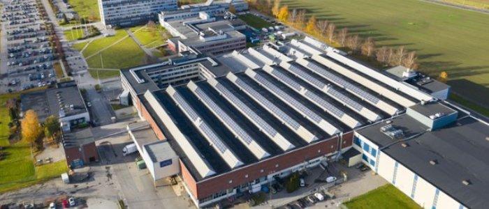 Profi storsatsar på solceller