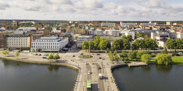 Amasten fortsätter köpa i Eskilstuna