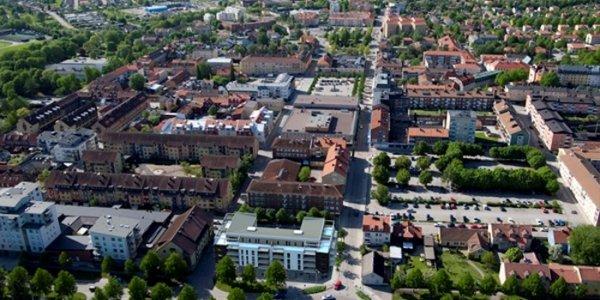 Genova förvärvar fastigheter i centrala Enköping