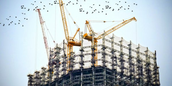 Genova ökar takten i pågående byggnation