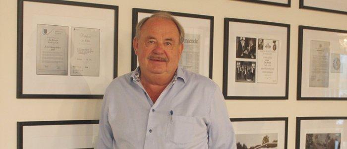 Jan Persson kräver Upplands-Bro kommun på 160 mkr
